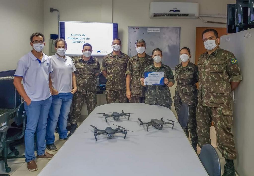 Cursos-de-Pilotagem-de-Drones-20201112193721